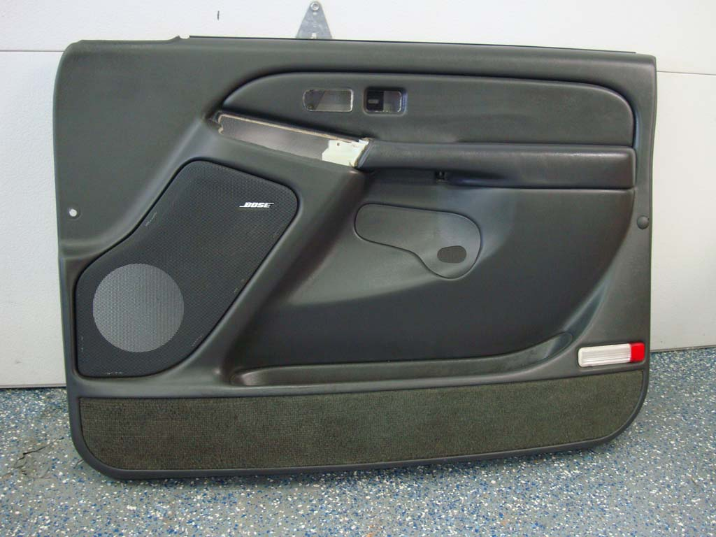 Silverado sierra passenger door panel tahoe avalanche for 03 silverado door speakers