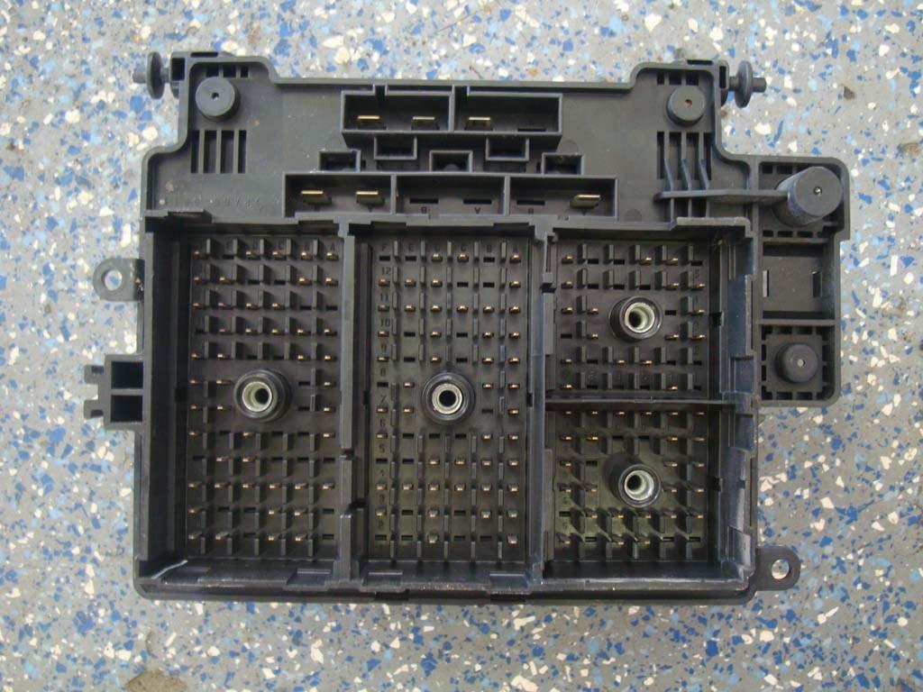 03 Sierra Fuse Box All Kind Of Wiring Diagrams 04 Yukon Silverado Tahoe Suburban Relay Center 15201928 Block 06 Ebay Gmc