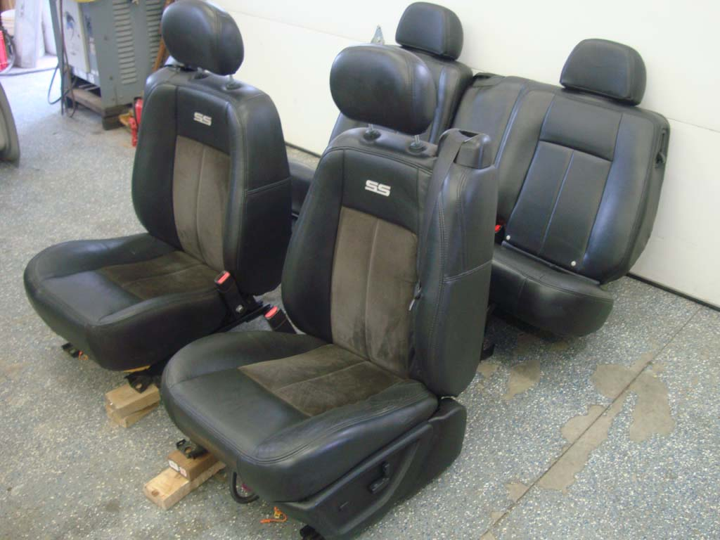 06-09 Trailblazer SS Leather Heated Power Seats Suede ...