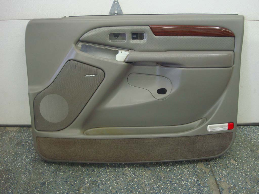 escalade tahoe suburban passenger door panel rh 03 06 wood