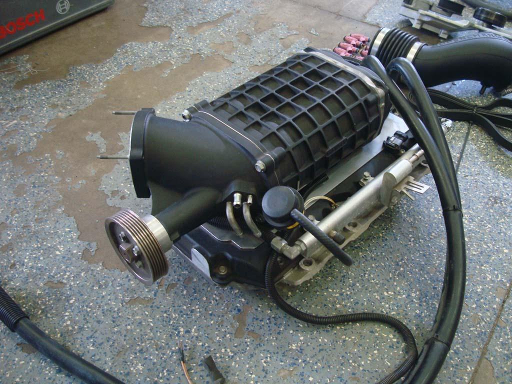 Magnacharger TVS1900 2007 5-2010 4 8L 5 3L Supercharger